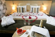 Romantic_room2